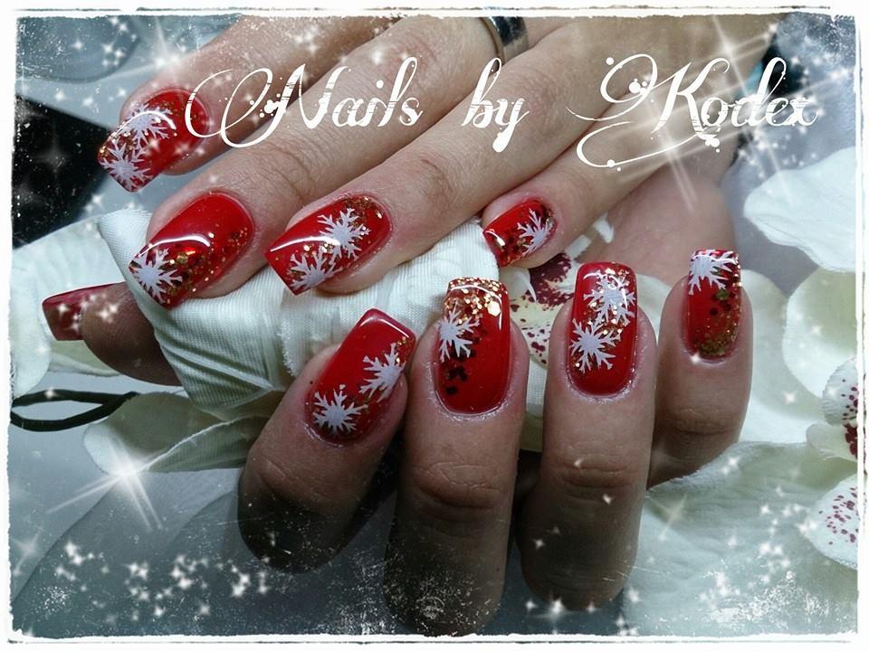 Weihnachtliche Nailart